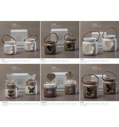 Lanterna piccola in porcellana bianca in 2 modelli assortiti con sacchettino cotone con applicazione linea Light Night (P7901-A)