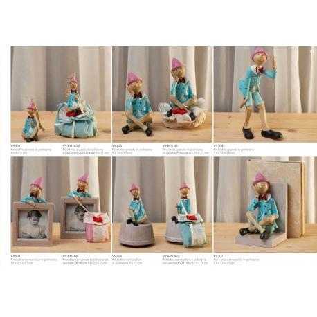 Pinocchio piccolo in poliresina con cordino con sacchettino puffetto linea Cuore di Legno (V9301-A)