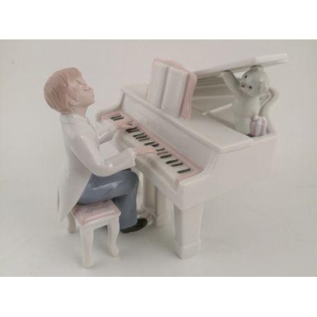 RAGAZZO AL PIANO-CARILLON 14X14X10 (D7514)